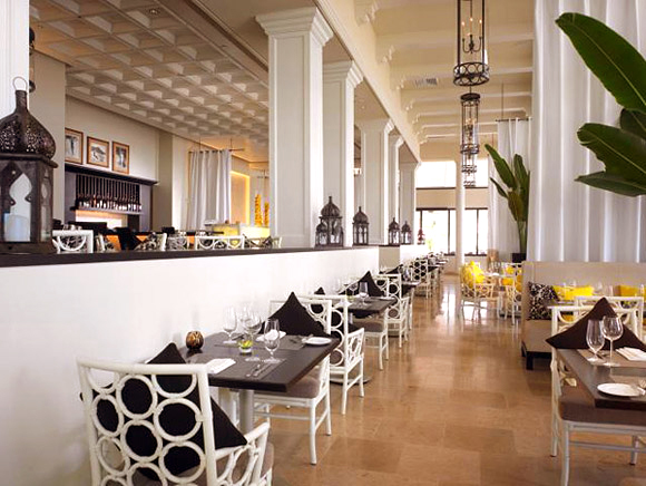 The Royal Hawaiian: Azure Restaurant
