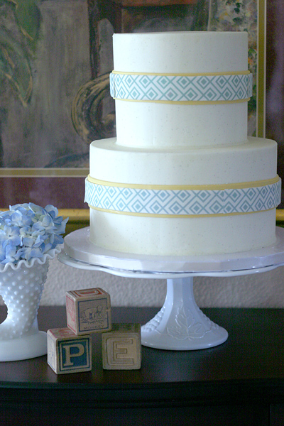Vintage Chic Baby Boy Shower: cake