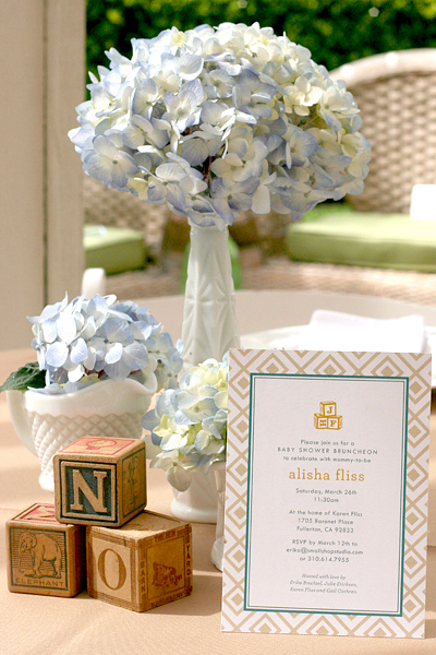 Vintage Chic Baby Boy Shower: invite