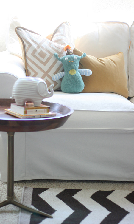 Jackson's nursery: side table & loveseat