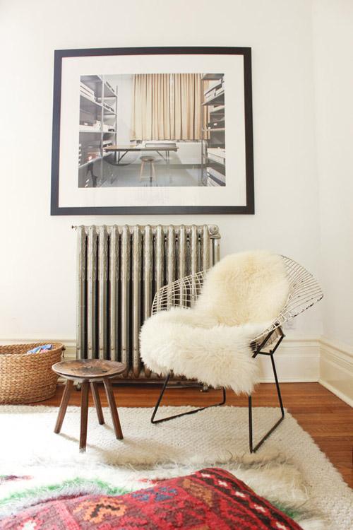 marion-house-book-living-room-bertoia-fur