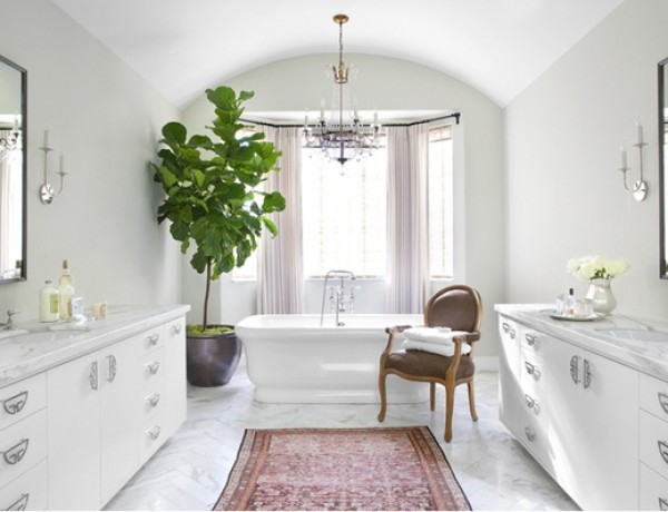Betsy-Burnham-bathroom-carrera-marble-persian-rug-fiddle-leaf1