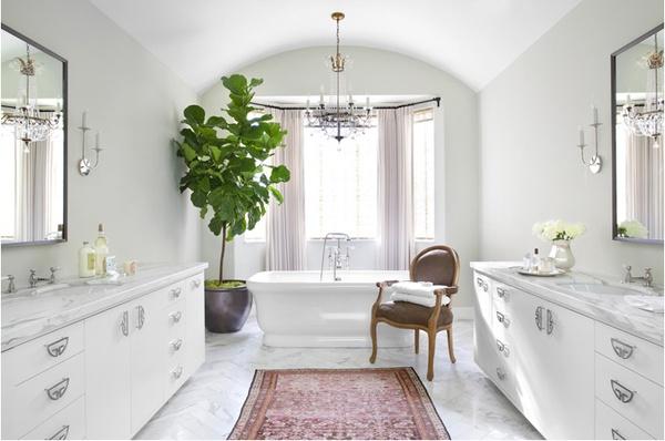 Betsy-Burnham-bathroom-carrera-marble-persian-rug-fiddle-leaf1