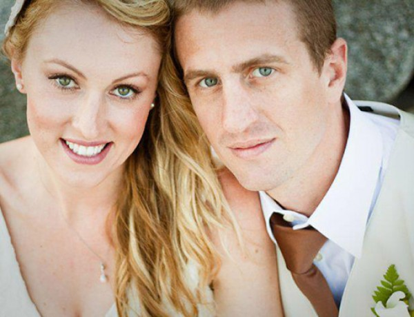 casey-john-beach-wedding-couple