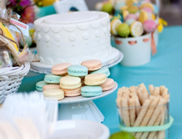 retro-citrus-bridal-shower-dessert-tabletop1