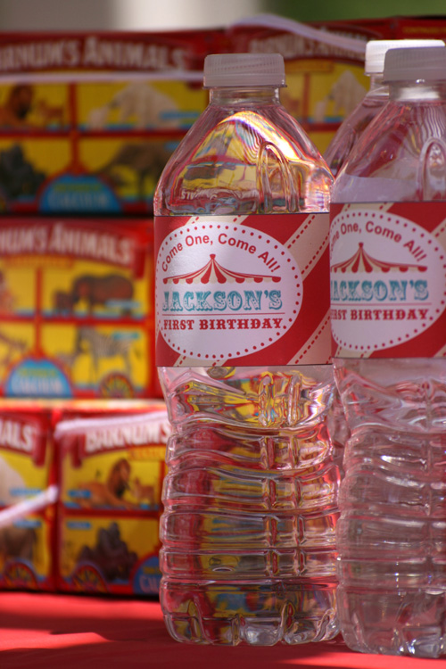 vintage circus birthday party: water bottles, Barnums animal crackers