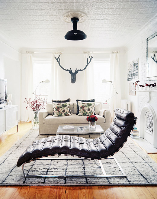 Brooklyn-apt-living-room-white-floral-fur-antlers-floor-lamps-chaise-Michelle-Adams-Lonny-Nov12