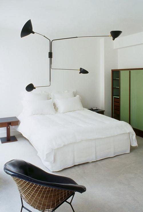 la dolce vita design under the influence the serge mouille lamp. Black Bedroom Furniture Sets. Home Design Ideas