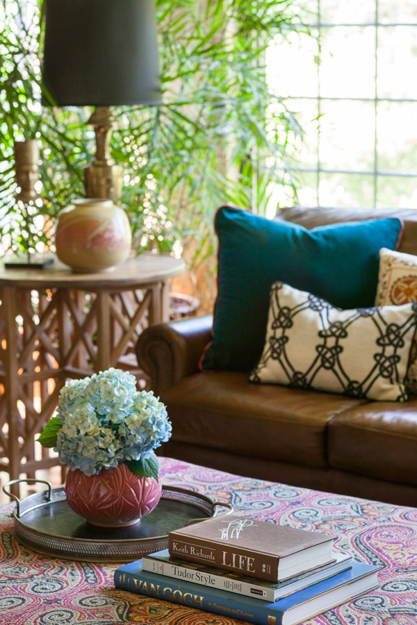Living Room Ottoman Decor: CLIENT LOVE Design Manifest