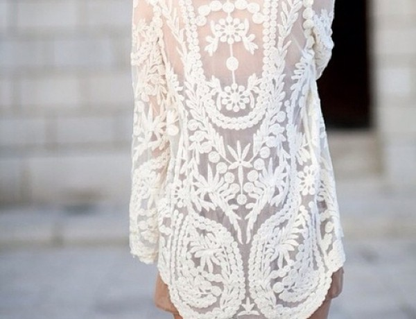 tumbln-lace-sheer-tunic-street-style