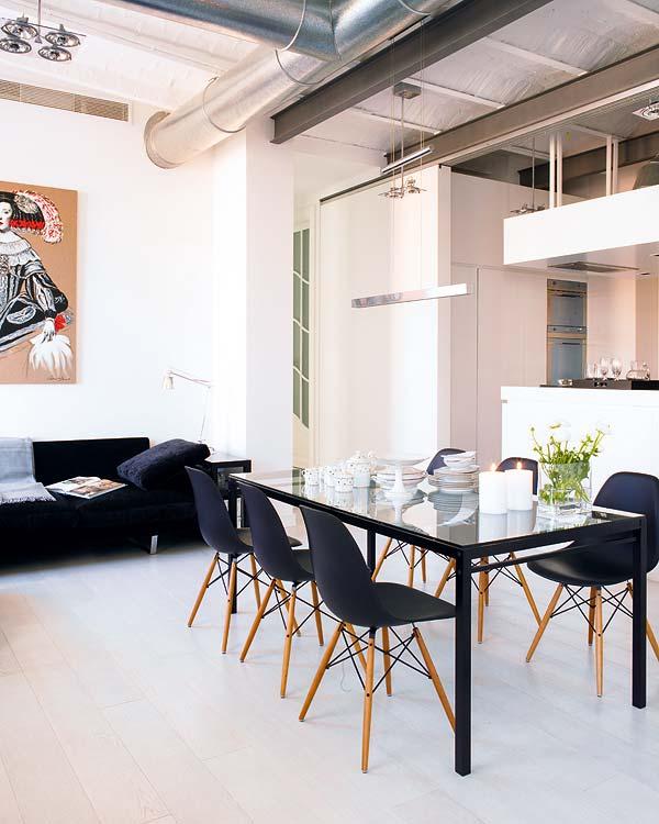 Black White Dining Room: LA VIDA ECLECTIC In Black & White