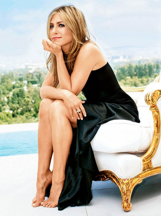 Jennifer-Aniston-by-Alexei-Hay-Glamour-Sept-2013-1
