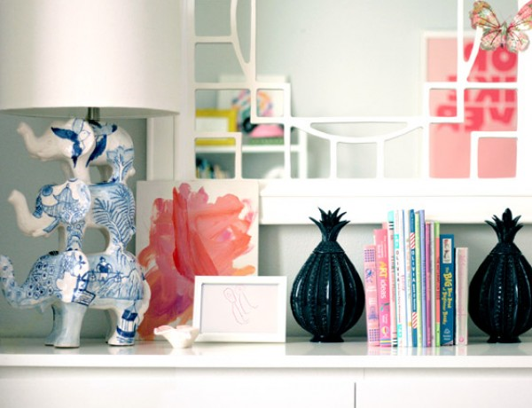 small-shop-daughters-room-displaying-kids-art-dresser3