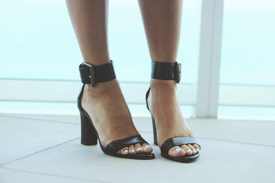 miami summer black ankle strap chunky heel sandals Via Spiga Erika Brechtel