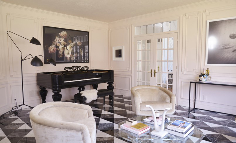 citizen-atelier-piano-room-room-designed-and-styled-by-christine-dovey-and-photographed-by-ashley-capp-barrel chairs black white floor