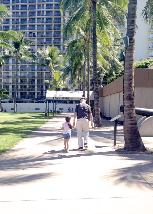 Hawaii fall getaway Erika Brechtel daughter grandfather walking