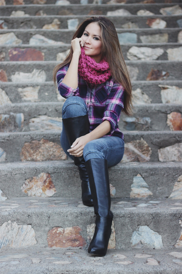 giveaway Erika Brechtel november outfit Remember A Day scarf 1