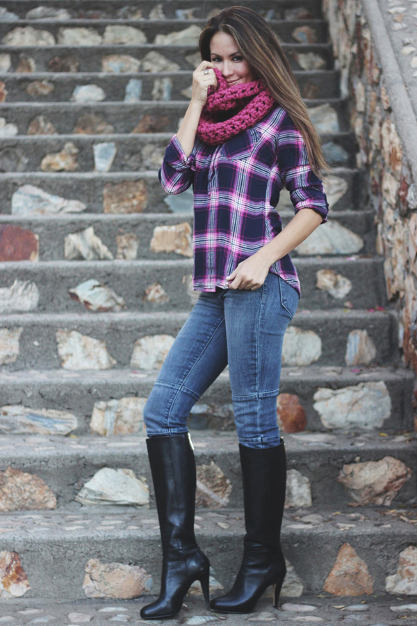 giveaway Erika Brechtel november outfit Remember A Day scarf 3