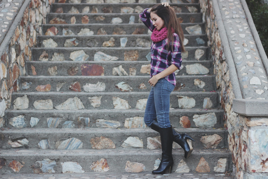 giveaway Erika Brechtel november outfit Remember A Day scarf 4
