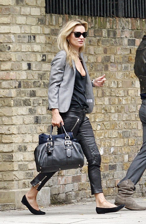 kate moss Isabel Marant leather pants flats gray blazer longchamp bag