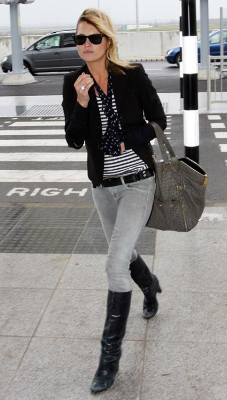kate moss gray jeans black knee high boots striped tee scarf jacket gray bag