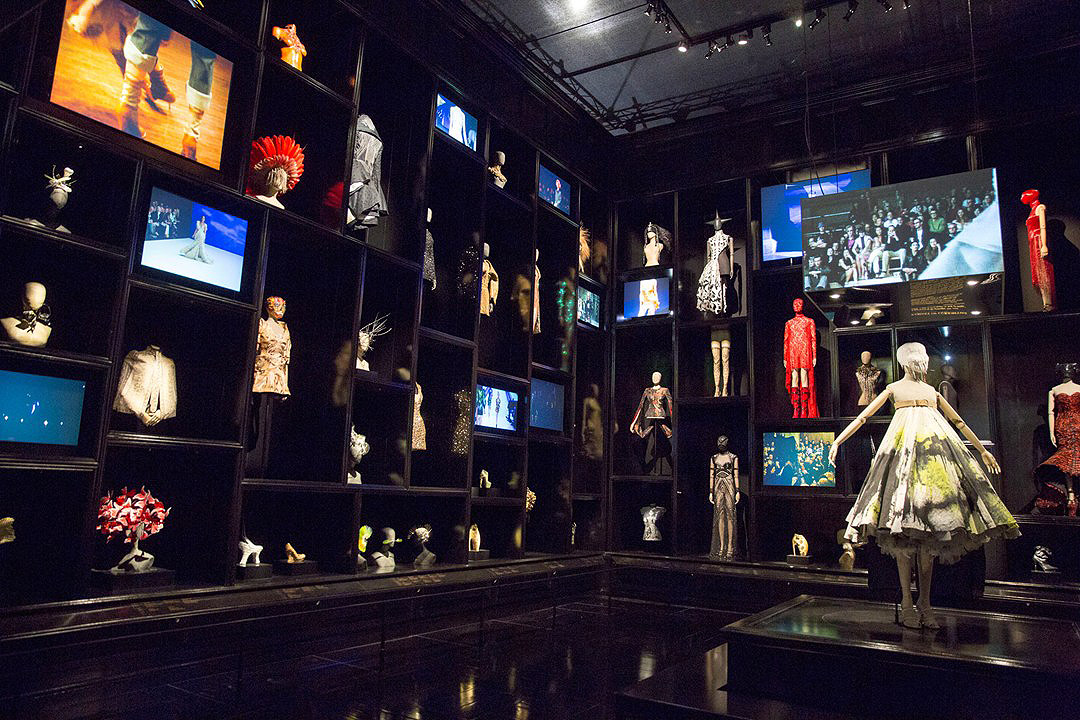 Alexander McQueen Savage Beauty Victoria and Albert Museum Cabinet of Curiosities