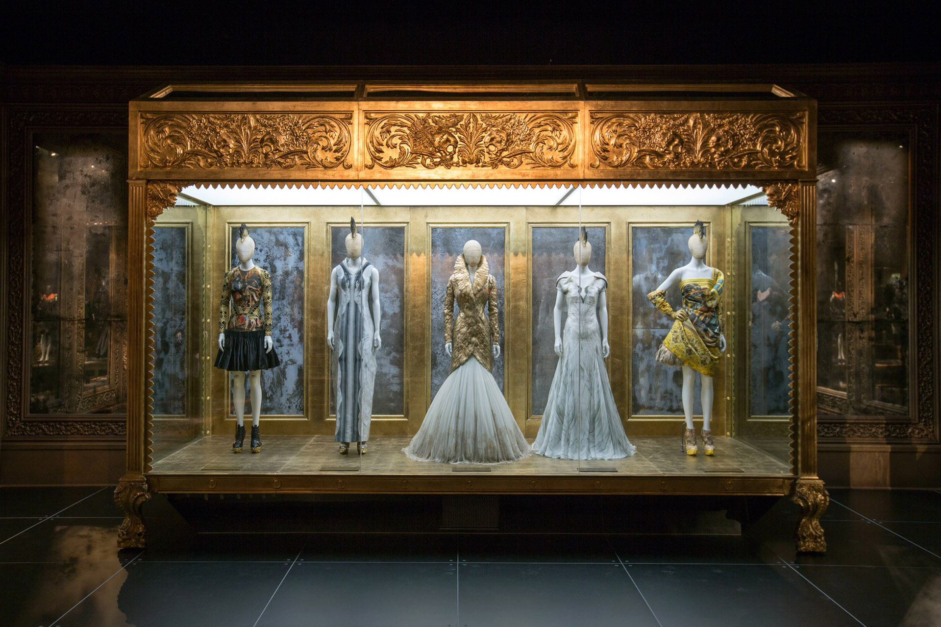 Alexander McQueen Savage Beauty Victoria and Albert Museum Romantic Gothic