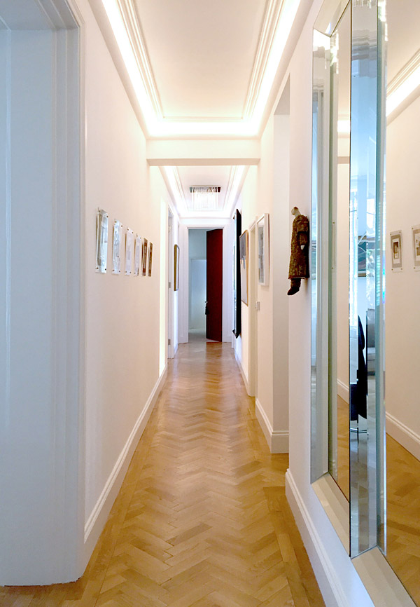 art flat Kensington London Unity Cantwell 11 hallway cove lighting