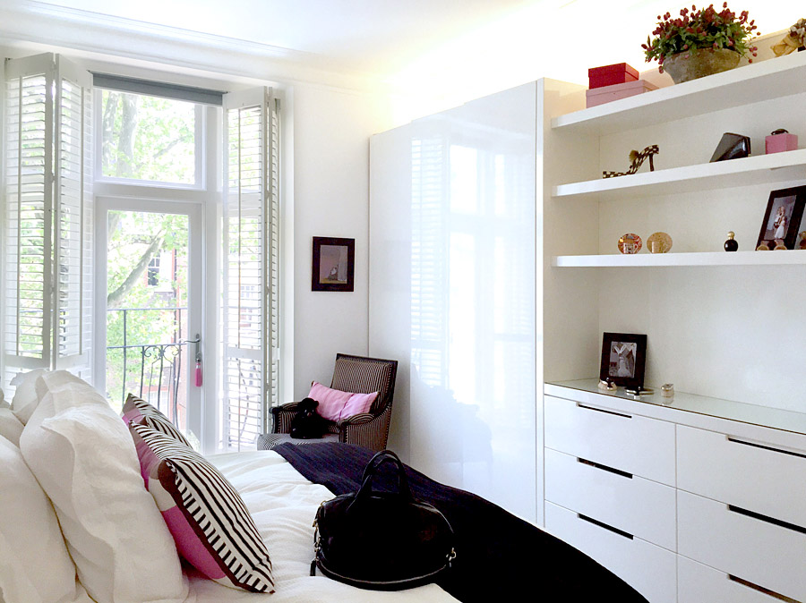 art flat Kensington London Unity Cantwell 14 bedroom gloss white wall cabinets