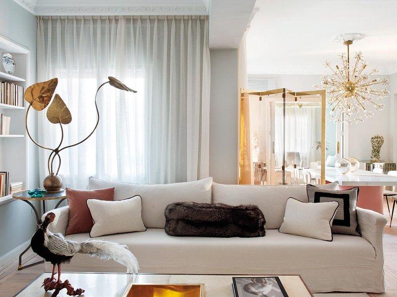 Madrid Taupe Beige Ultra Modern Living Room Furniture 3: VINTAGE FEMME In Madrid