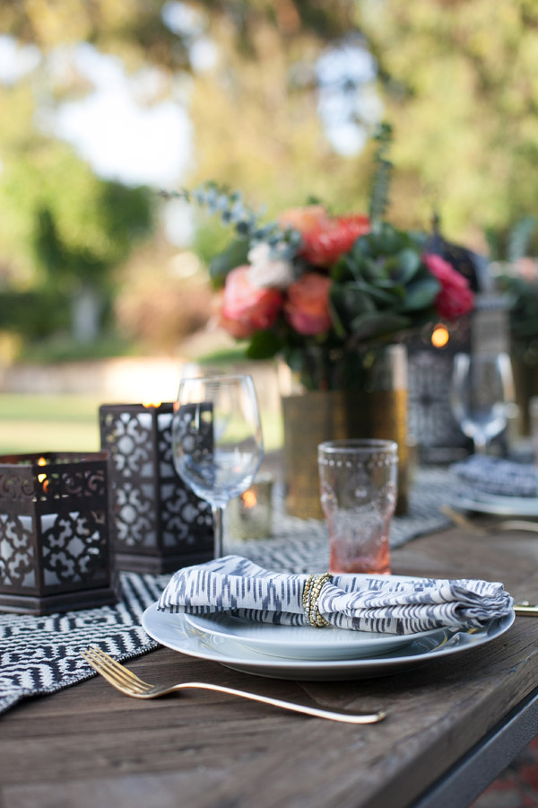 Erika Brechtel outdoor Moroccan party wine tasting photo by Jen Daigle 111 table ikat napkin
