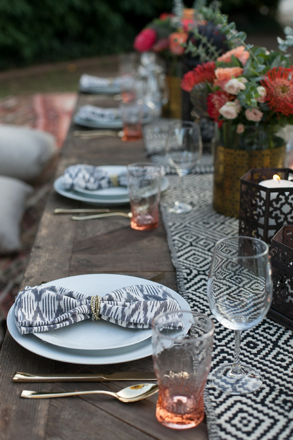 Erika Brechtel outdoor Moroccan party wine tasting photo by Jen Daigle 314 table decor ikate napkins