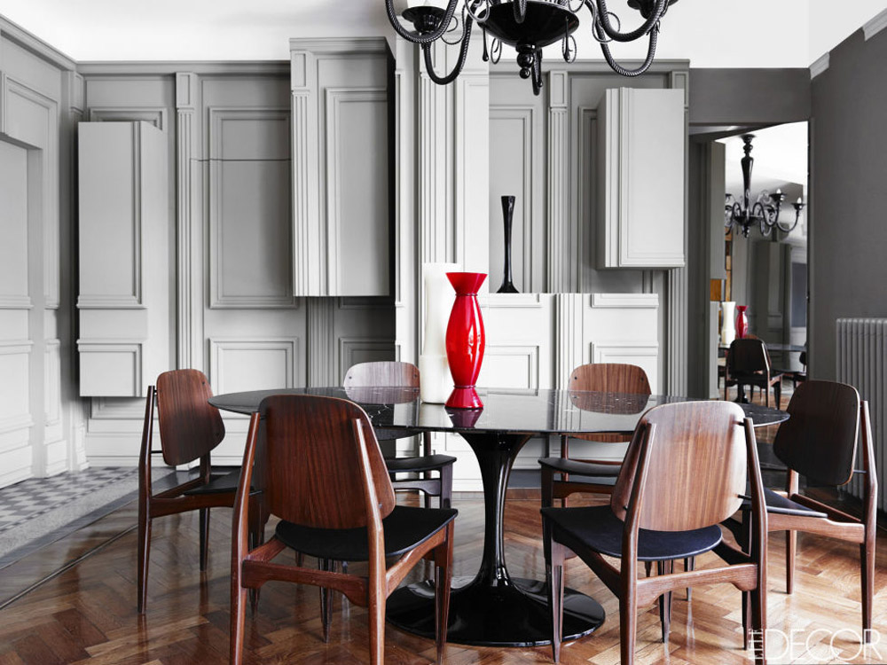 Alessandro Dell'Acqua Milan home dining room 1960s Italian chairs Saarinen table Murano chandelier