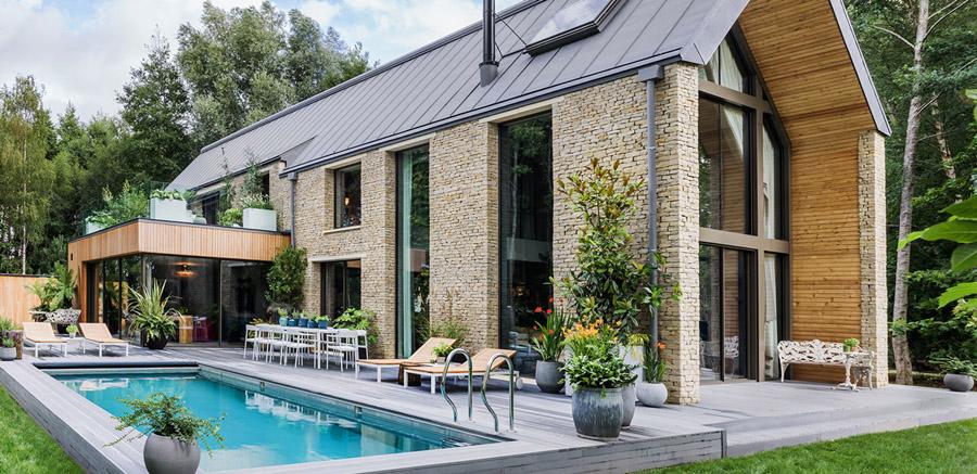 Kate Moss designed barnhouse exterior