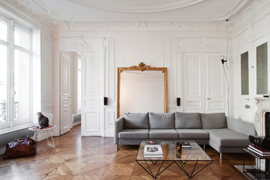 designer room tricks lean large floor mirror against wall photo by Helenio Barbetta via Vogue Living