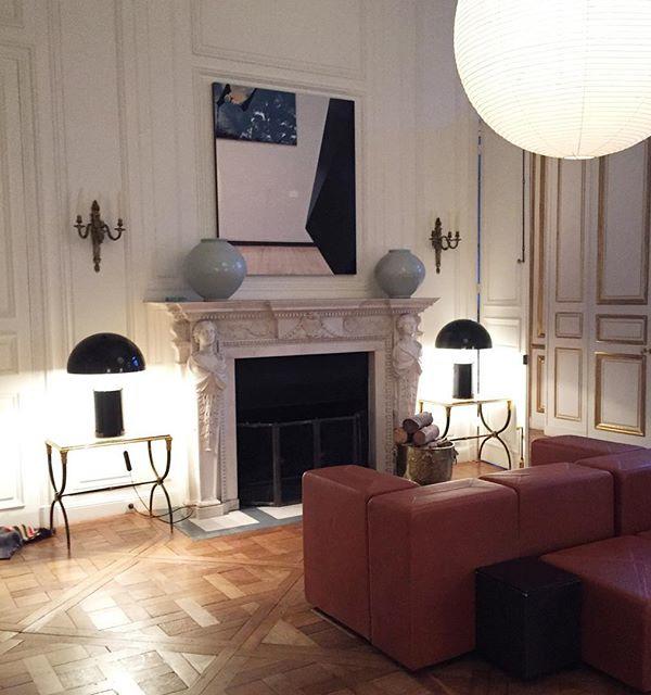 designer room tricks lean use table lamps as sconces via Nicola Ghesquiere instagram