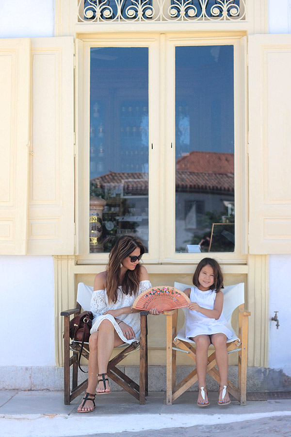 Greece white linen lace dresses Leith Old Navy Dolce Vita sandals Erika Brechtel mommy daughter Hydra island storefront
