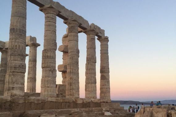 athens greece travel guide erika brechtel cape sounios temple of poseidon sunset colors